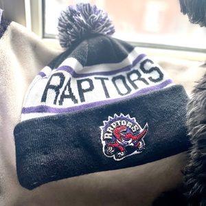 Raptors New Era Winter Beanie Hat NWOT!
